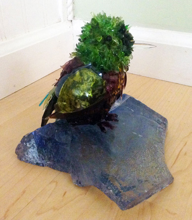 Lima Green Bird on Glass glass sculpture