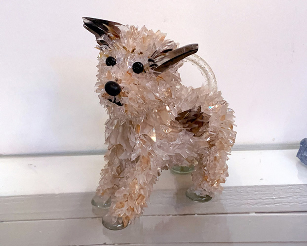 Pow Wow Pointy-eared speckled dog glass sculpture