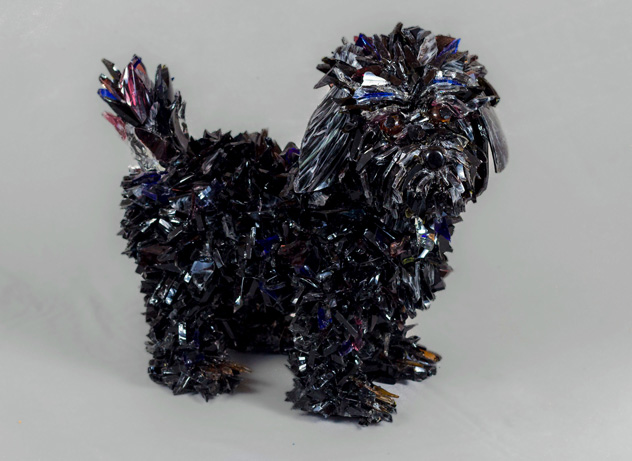 Sammy Black Dog glass sculpture