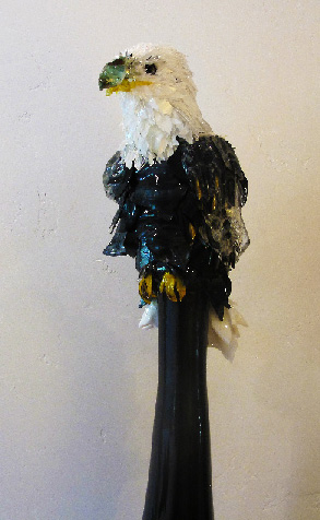 Skye Bald Eagle glass sculpture
